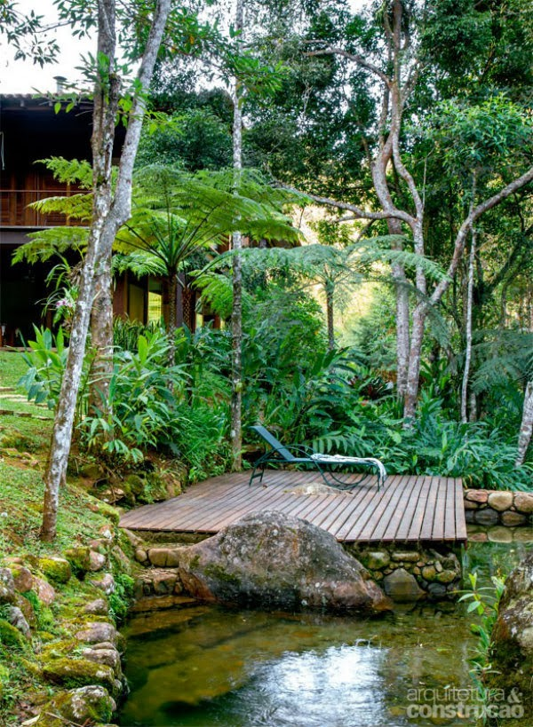 house with garden in natural surrrounding forest and mountain (4)
