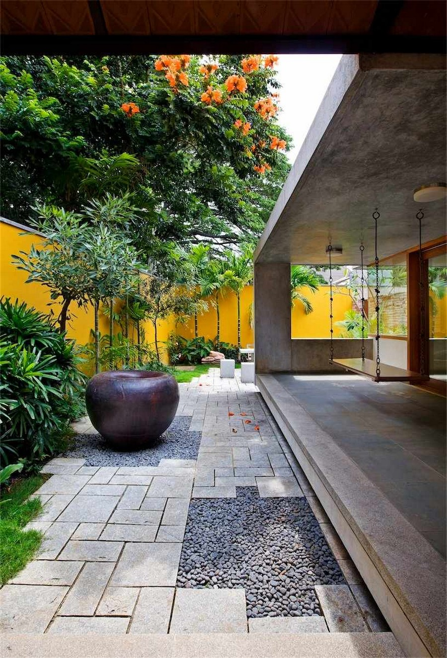 library house modern contemporary tropical in india (6)
