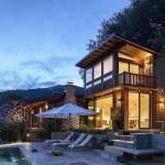 บ้านแนวโมเดิร์นสองชั้น ออกแบบภายในดูโปร่งบนแนวคิดยุคใหม่ พร้อมพื้นที่พักผ่อนภายนอก