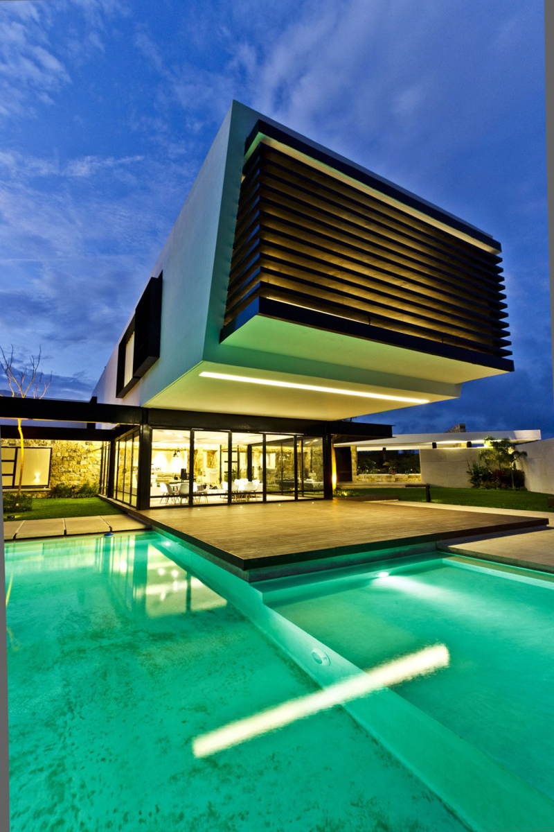 modern house 300 sq mt space in mexico (12)
