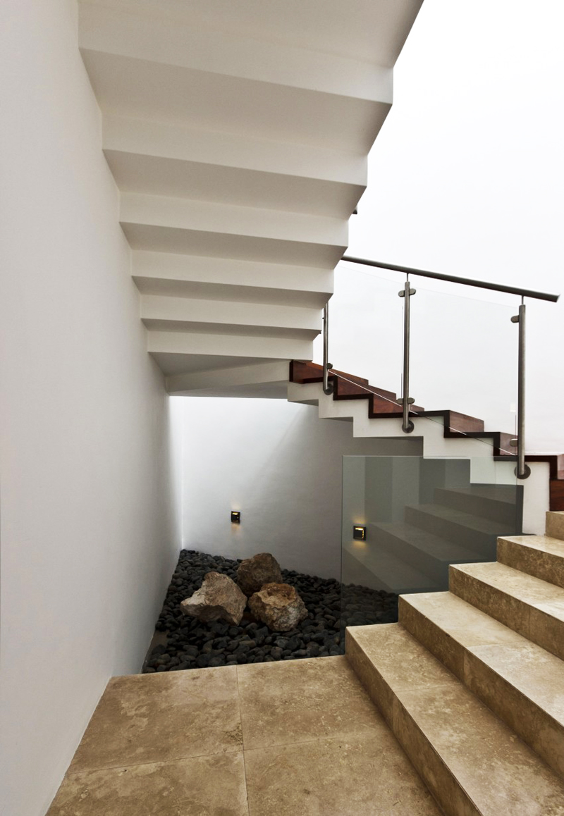 modern house 300 sq mt space in mexico (16)