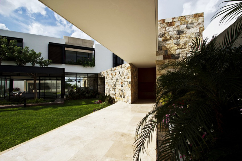 modern house 300 sq mt space in mexico (19)