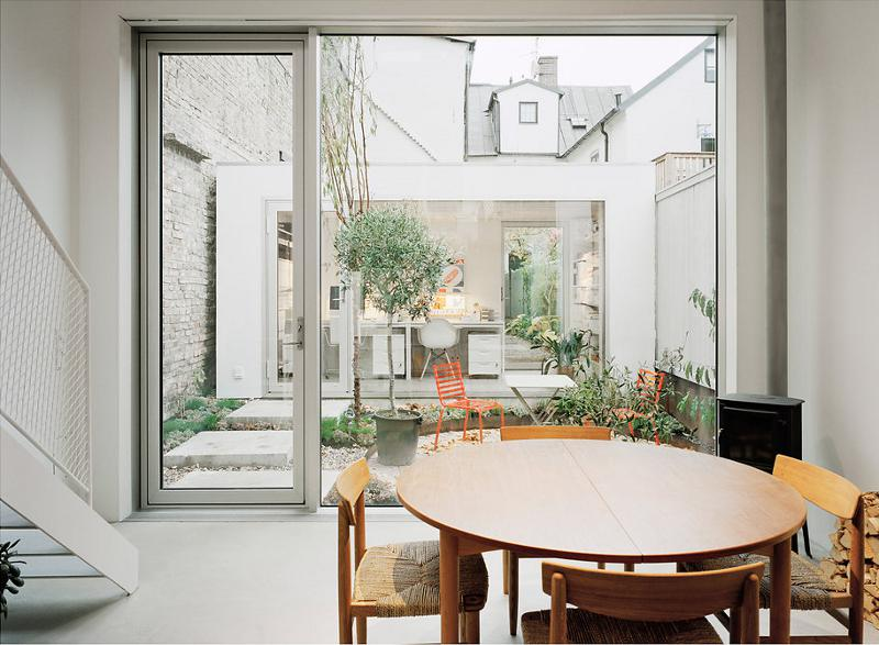 modern house idea townhouse with small office space in sweden (4)