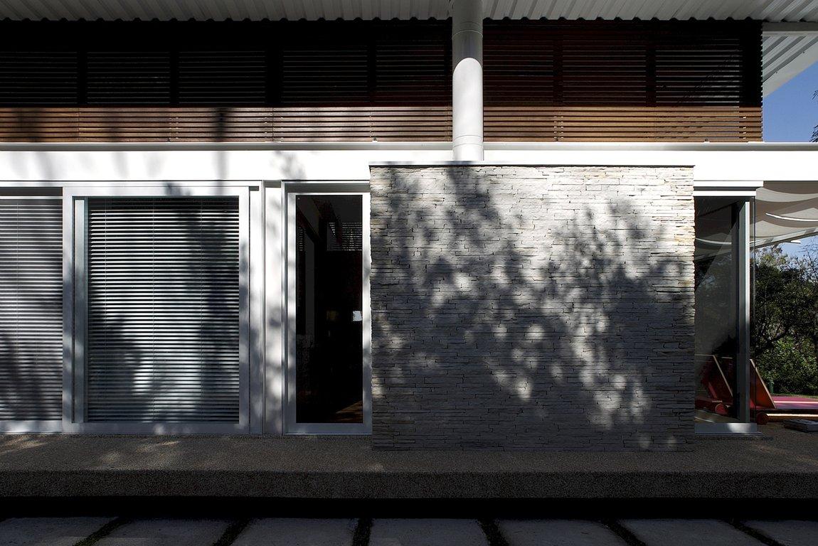 modern house with lelegant design (7)
