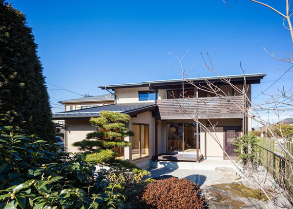modern japanes house with zen garden (2)