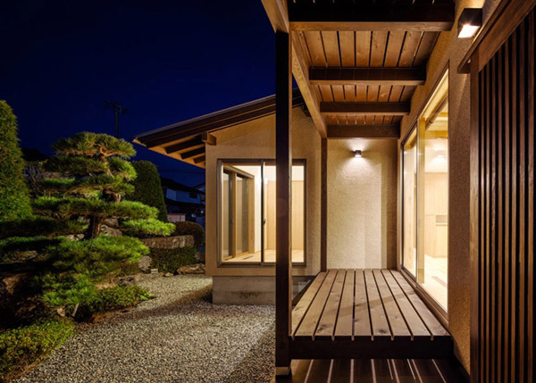 modern japanes house with zen garden (4)
