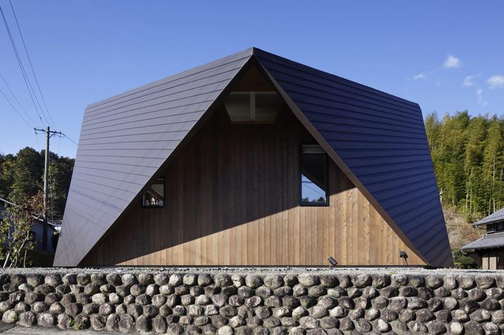 modern loft triangle house tsc architect in japan (5)