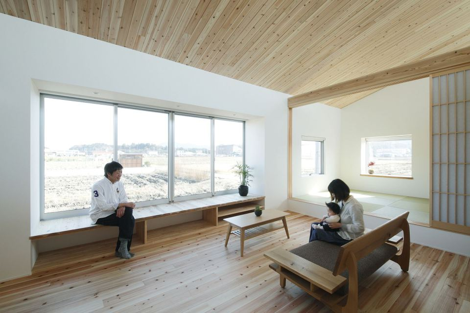 modern serene japanese house with bright white wooden interior (12)