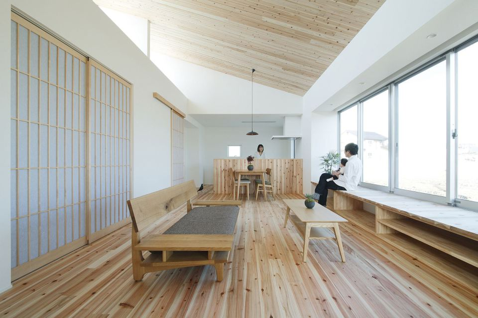 modern serene japanese house with bright white wooden interior (7)