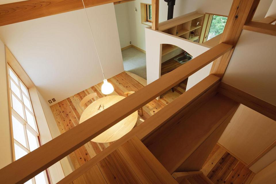 modern wooden japanese house in countryside (18)