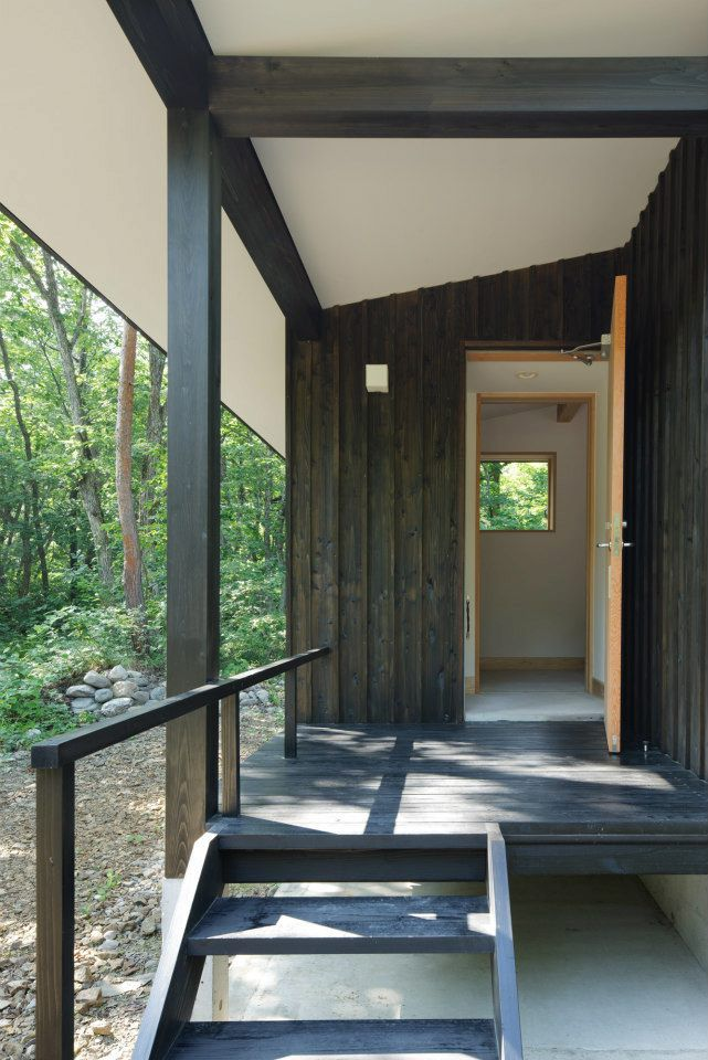 modern wooden japanese house in countryside (5)