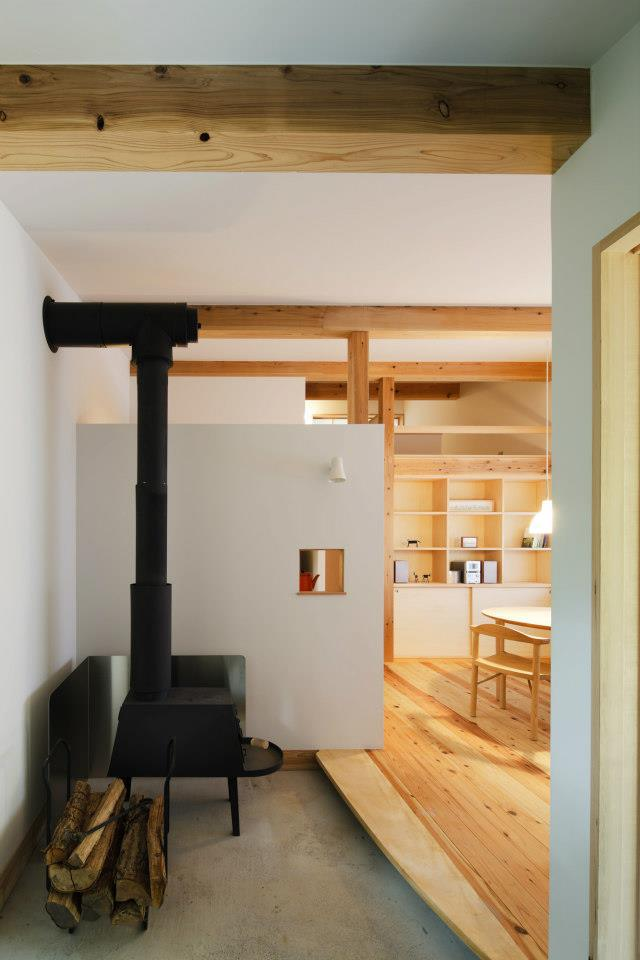 modern wooden japanese house in countryside (6)
