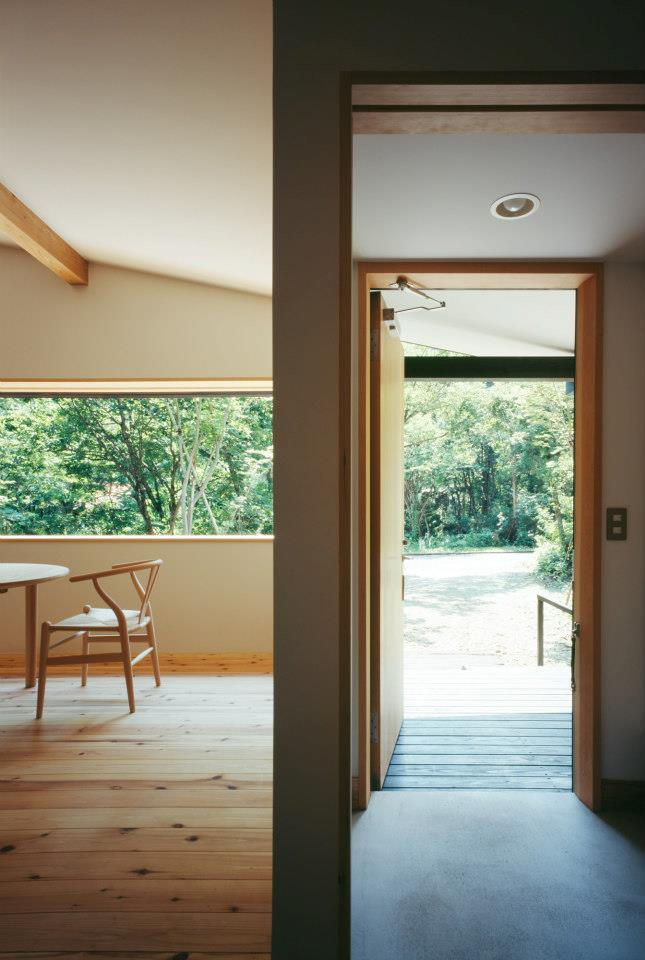 modern wooden japanese house in countryside (8)