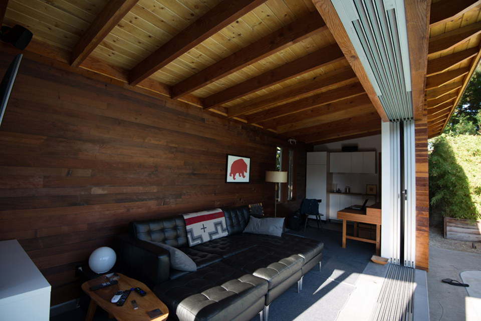 small house idea for compact lifestyle (6)