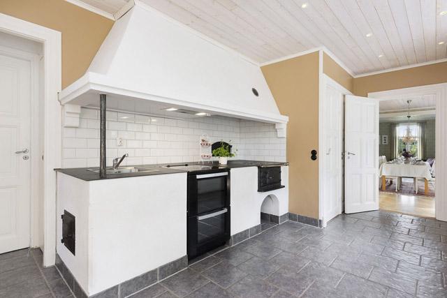 two storey cottage house idea (11)