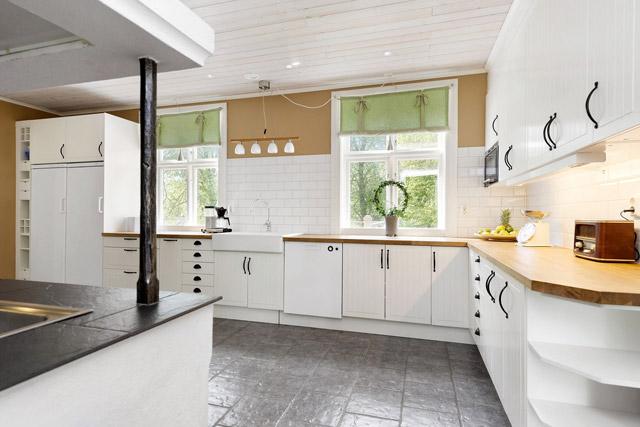 two storey cottage house idea (12)