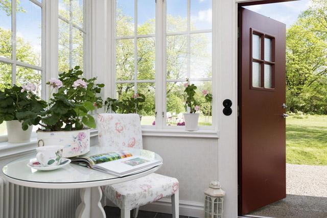 two storey cottage house idea (3)
