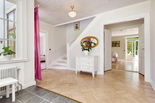 two storey cottage house idea (5)