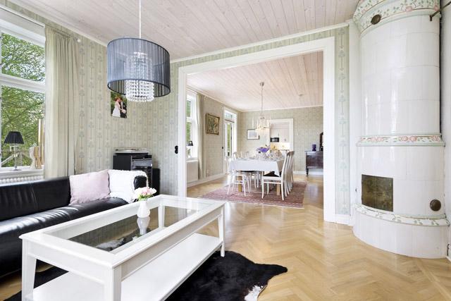 two storey cottage house idea (9)
