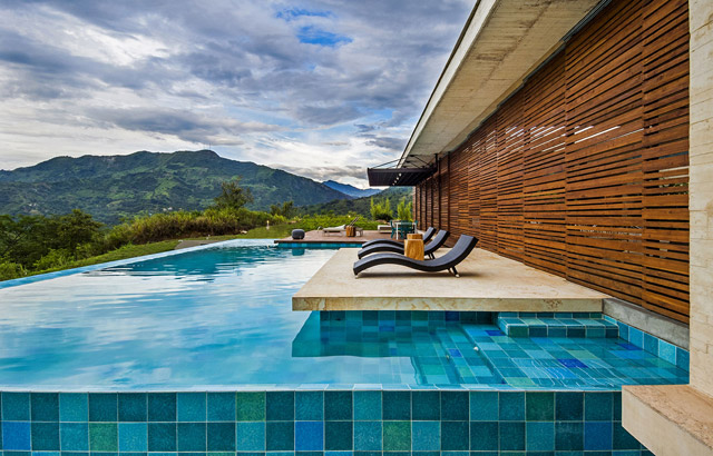 vacation house contemporary idea on columbian hill with pool (8)