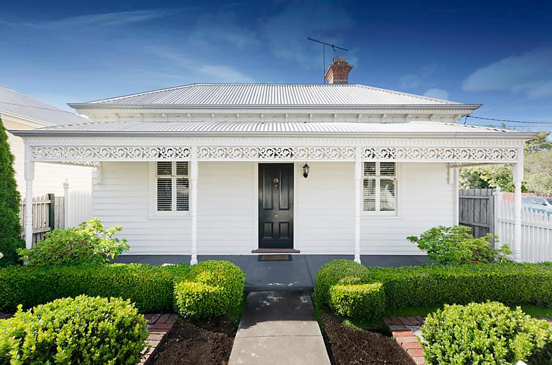 victorian white house with garden green idea modern interior (1)