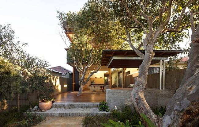 chic-beach-house-design-with-modern-interior-design-in-sydney (1)