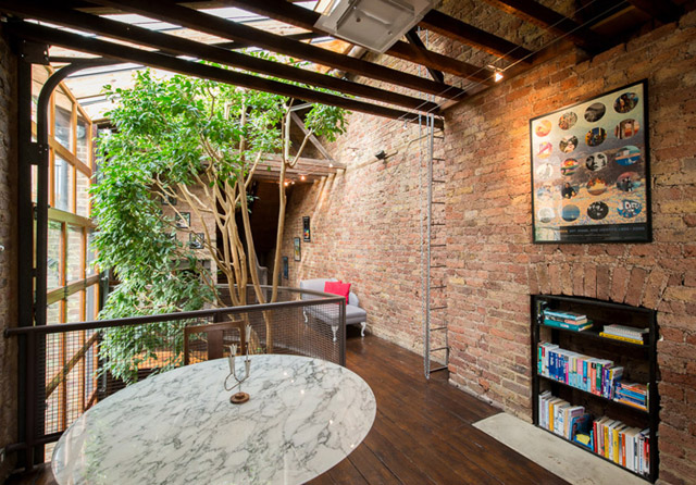 classic brick townhouse with wooden interior in london city (18)