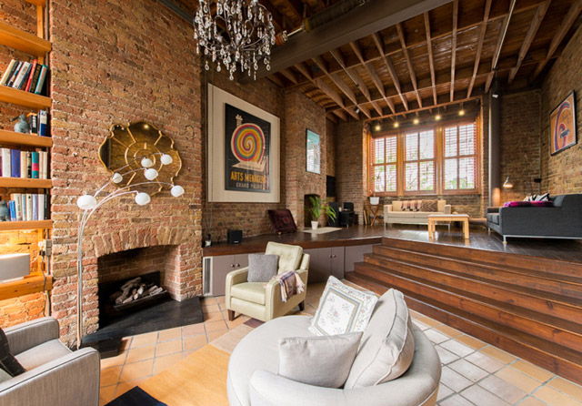 classic brick townhouse with wooden interior in london city (27)