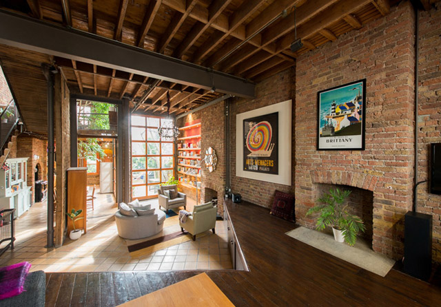 classic brick townhouse with wooden interior in london city (31)