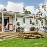 บ้านกระท่อมหลังเล็กแนวคันทรี ตกแต่งเรียบง่าย บรรยากาศสบายในชนบท
