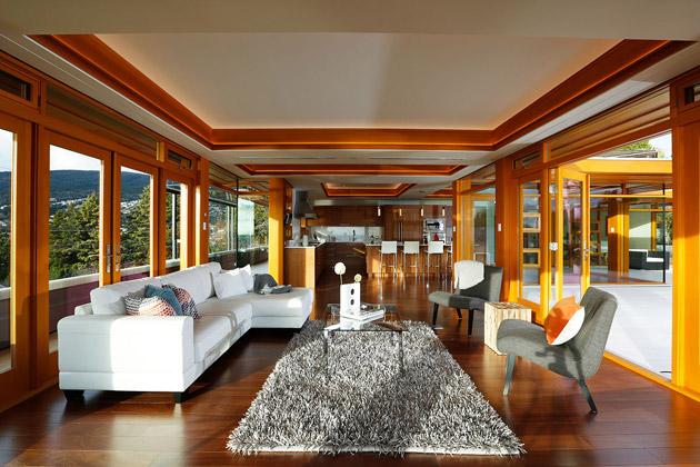 hilltop modern wooden glass house with bright elegant interior (7)