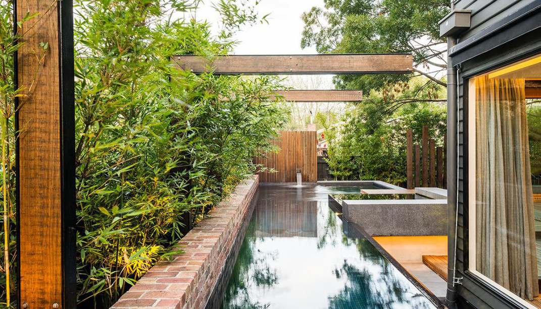 house with gardenscape and pool (7)