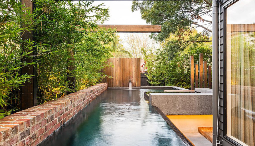 house with gardenscape and pool (9)