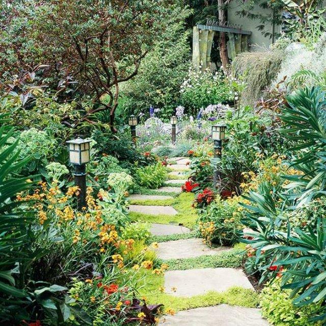 idea-for-frontyard-garden (8)