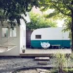 บ้านกระท่อมหลังเล็ก ตกแต่งสีขาวน่ารักแนวเรโทร เหมาะกับการสร้างในสวน
