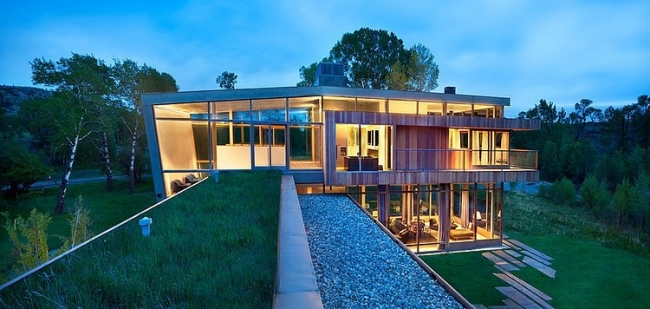 modern-farm-house-in countryside montana usa (9)