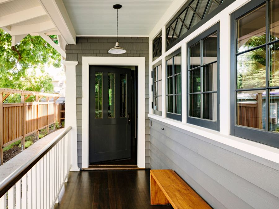 modern retro wooden cottage with black white interior in portland (10)