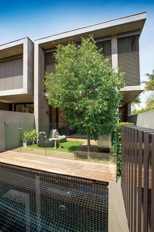 modern townhome 2 storey with garden and pool for new generation family (7)