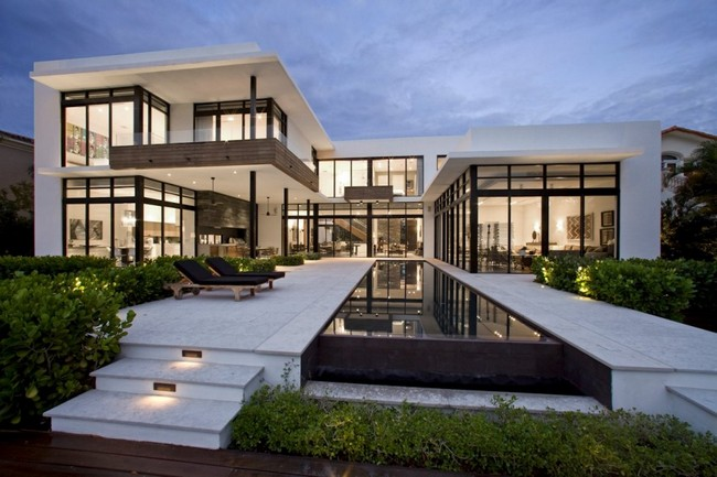 two storey modern house with pool in florida usa (1)