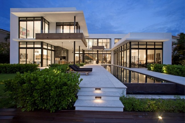 two storey modern house with pool in florida usa (13)