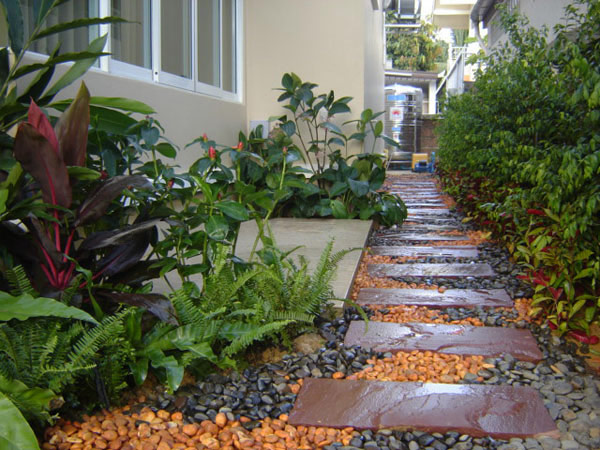 walk pathway to make your home and garden looks beautiful (12)