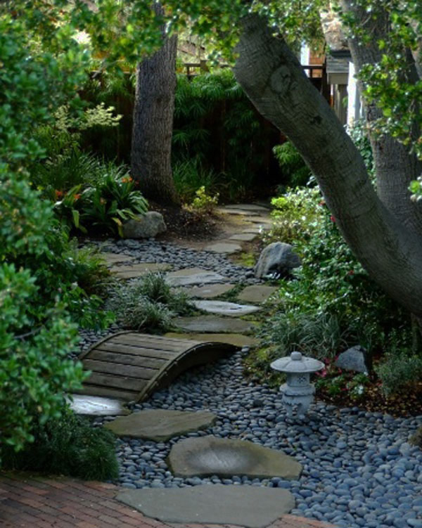 walk pathway to make your home and garden looks beautiful (6)