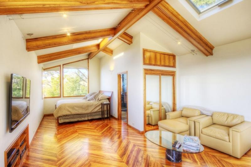 warm and luxury house near bay (16)