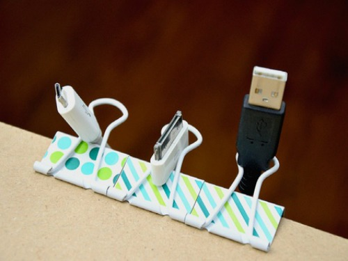 12-extra-uses-of-binder-clip (11)