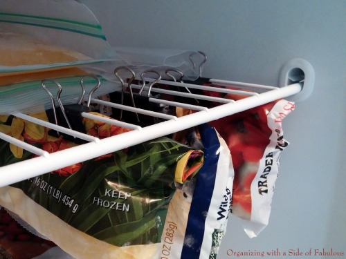 12-extra-uses-of-binder-clip (4)