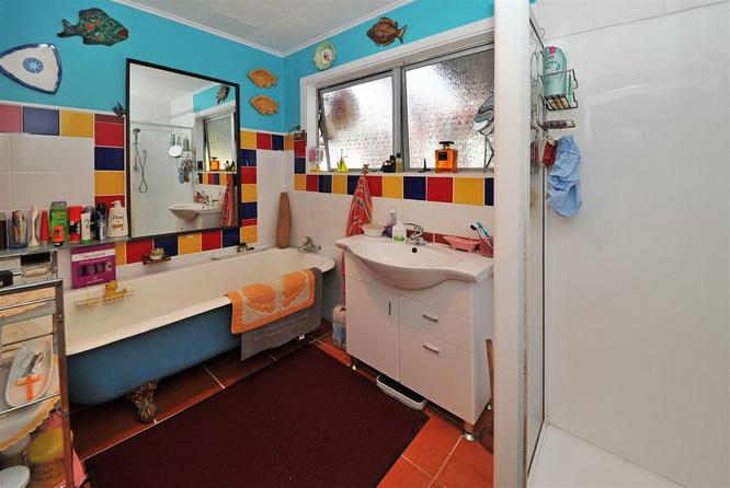 1floor-contemporary-white-house-with-extraordinary-interior (18)