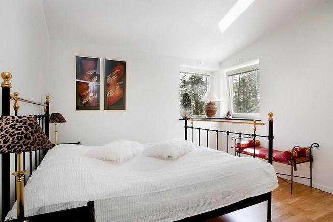 1floor-white-villa-house-with-garage (13)