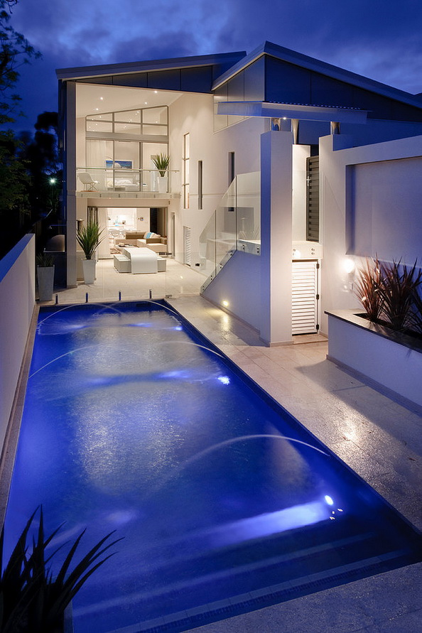 2-storey-white-modern-house-with-swimpool (20)