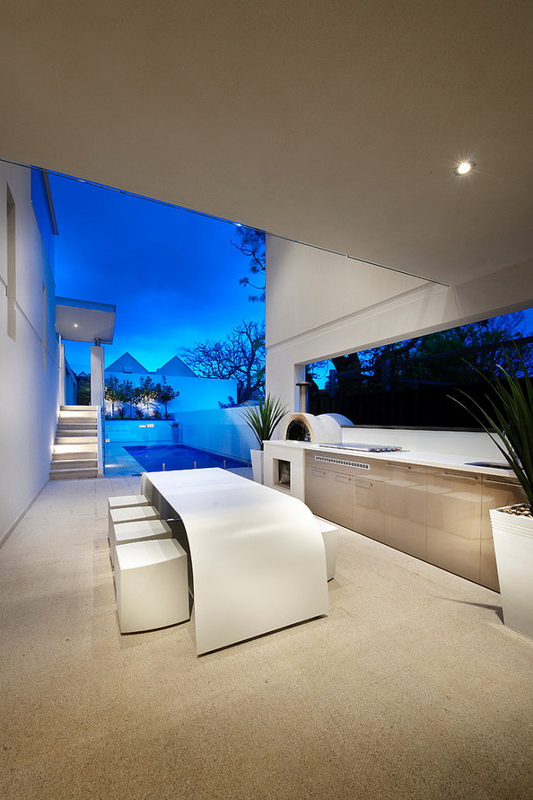 2-storey-white-modern-house-with-swimpool (22)