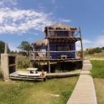 บ้านกระท่อมไม้สไตล์ชาวเกาะ ความเรียบง่ายที่ลงตัว